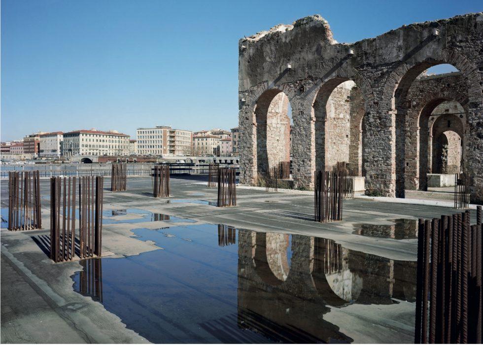 """Resti dell'antico Cantiere """"Luigi Orlando"""" - """"Luci di Livorno"""" - George Tatge"""