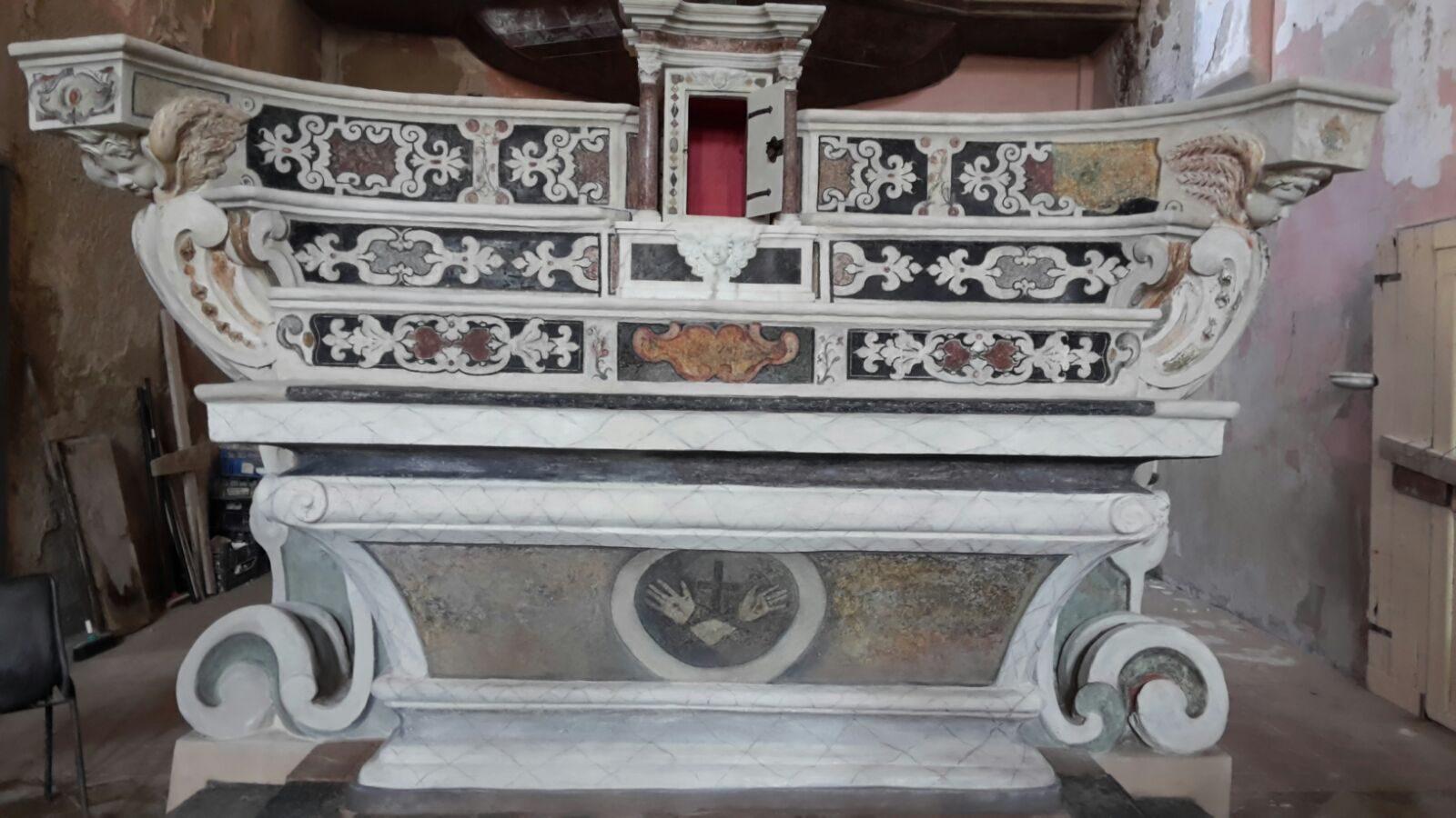 altare fronte